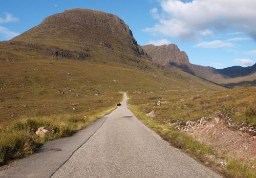 bealach na ba applecross scotland