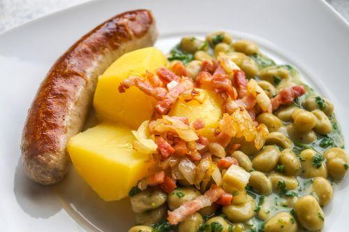 beans bratwurst potatoes