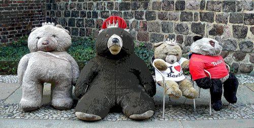 bear teddy lazy