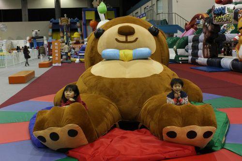 bear the largest bear in the world teddy bear