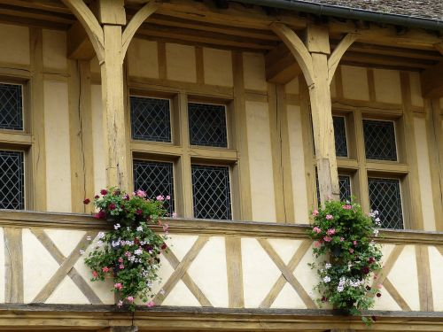 beaune france historically