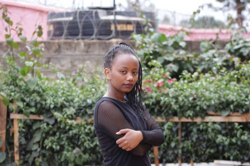 beautiful kenyan african lady