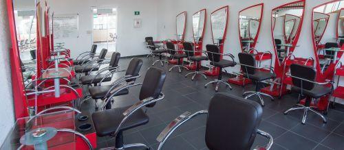beauty facilities mirrors