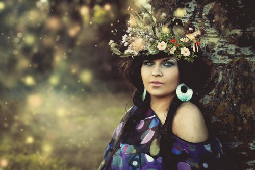 beauty woman flowered hat