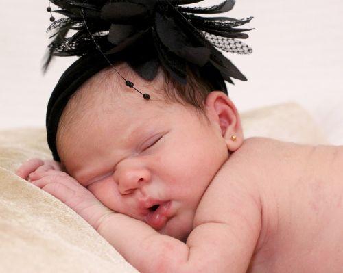 bebe baby bebe sleeping