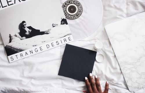 bed white flat lay