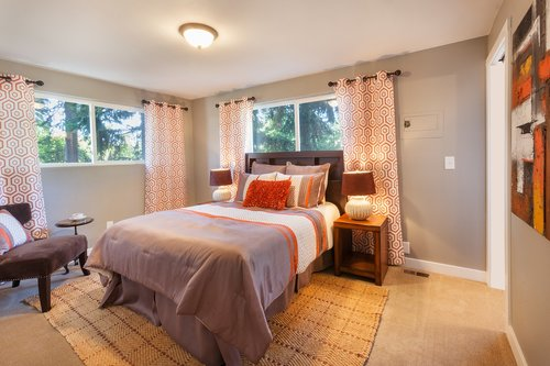 bed  bedroom  staging