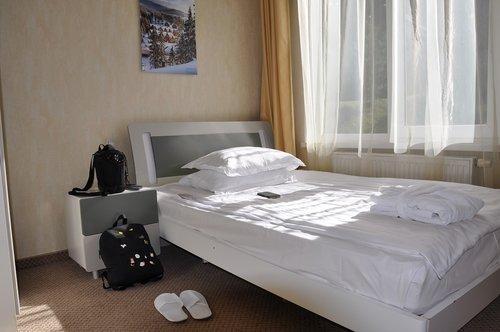 bed  number  bedroom