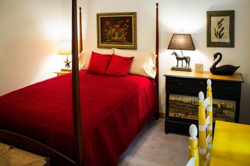 bedroom guest room sleep