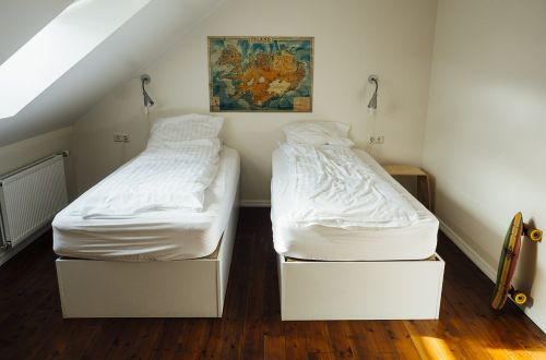 bedroom beds sleeping