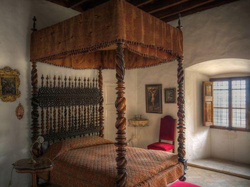 bedroom bed bedchamber