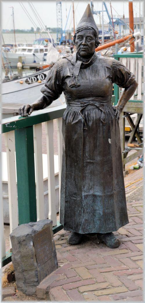 Statue Series 2.11