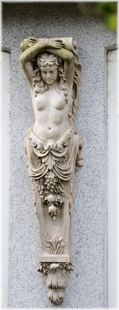 Statue Series 2.12