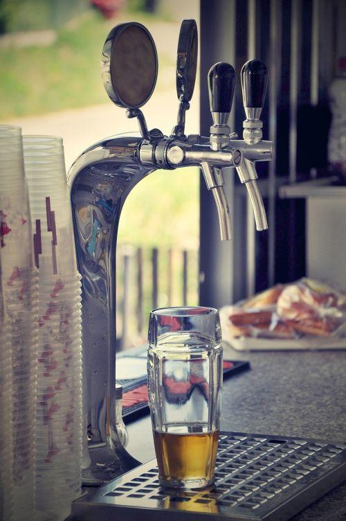 alus,bakstelėkite,baras,baras,čiaupas,Lager,gerti,stiklas,alkoholis,projektas,čiaupai,ale,projektas,gėrimas,užvirinti,šviežias
