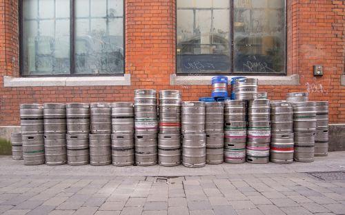 beer barrels pub