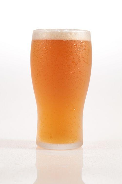 beer pint golden