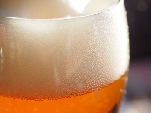 alaus putos,galva,alus,kvietinių alų,alaus stiklo,kviečių alaus stiklo,gerti,troškulio gesintuvas,alaus mielės,nefiltruotas,alkoholinis,hefeweizen,aštrus,alkoholis,prost,Nealkoholinis,skanus,atsipalaidavimas,skystas,maistas,troškulys,spindesys,alaus karoliukai,anglies rūgštis,anglies rūgšties karoliukai,aukso geltona,auksinis,stiklas