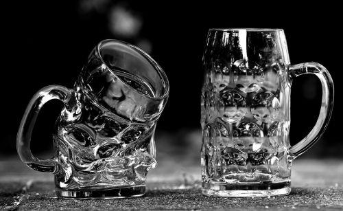 beer mugs deformed glass