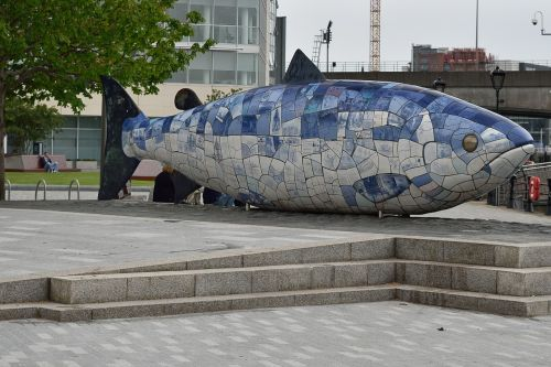 belfast monument fish