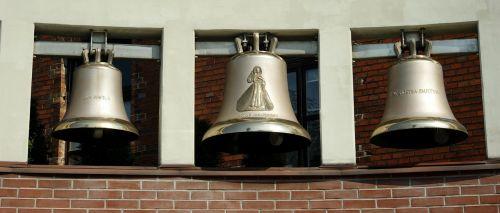 bells ringing chapel