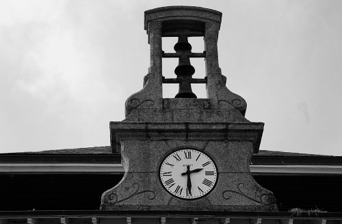 bell tower pendulum time