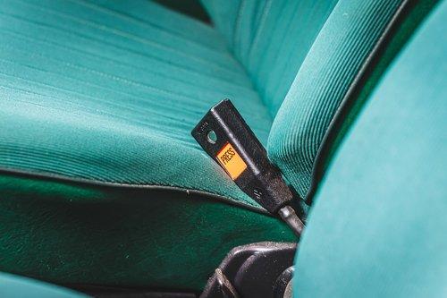 belt buckle  presser  button