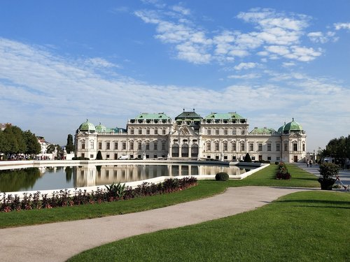 belvedere palace  vienna  baroque