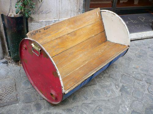 bench seating barrel
