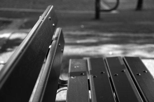 bench  black  white