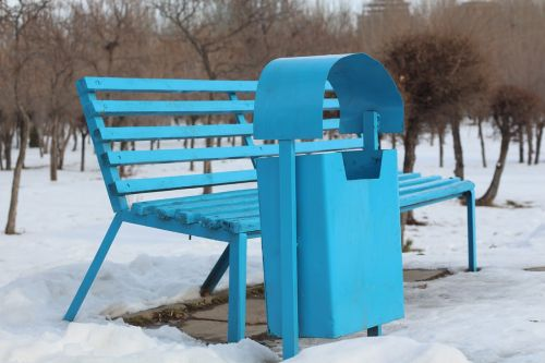 bench trash blue