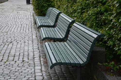 benches architecture city