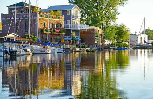 benton harbor  canal  sailboats