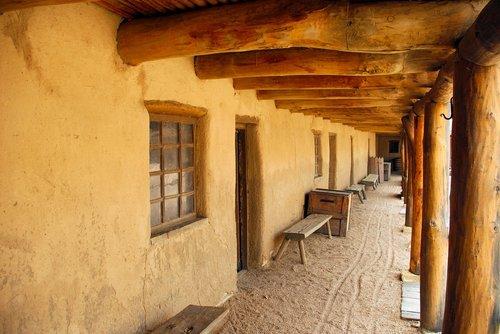 bent's adobe fort  fort  trading post