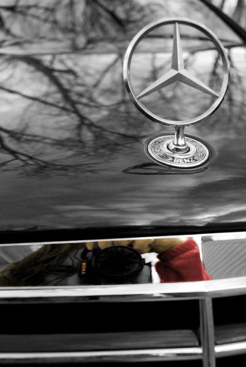 benz daimler black and white