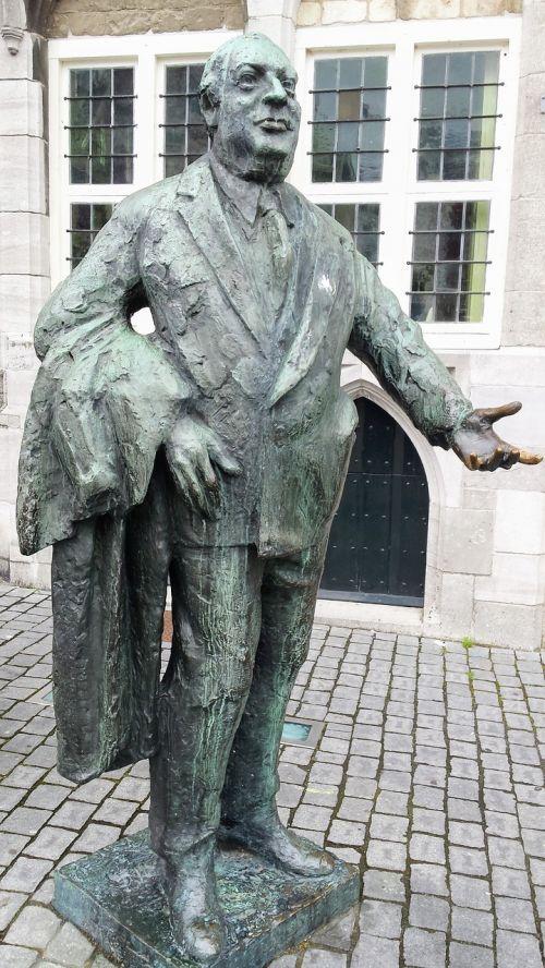 bergen op zoom netherlands statue