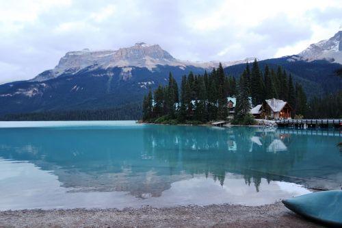 bergsee canada emerald lake