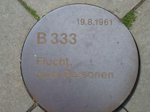 berlin monument escape