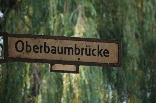 Berlynas,oberbaumbrücke,kelio ženklas,senas