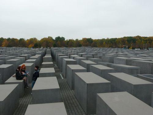 berlin monument jewish