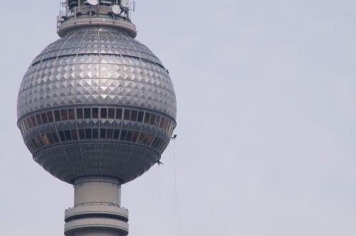 berlin tv tower construction work
