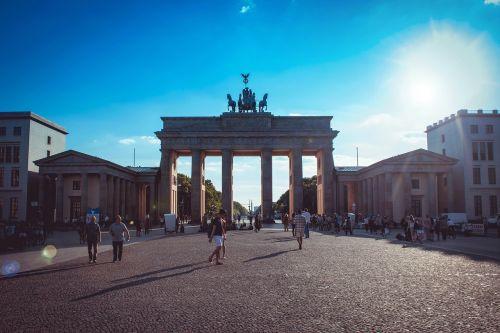 berlin brandenburg gate places of interest