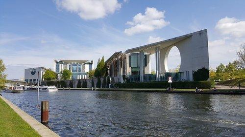 berlin  chancellery  architecture