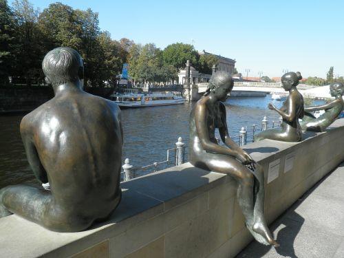 berlin image river