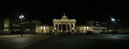 berlin brandenburg gate quadriga