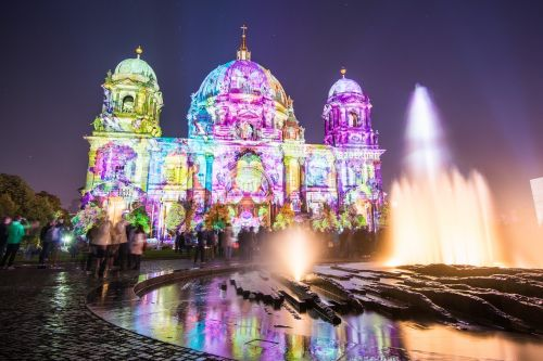 berlin cathedral fountain berlin