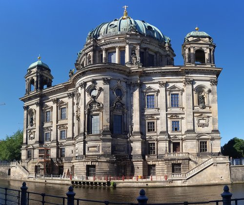 berlin cathedral  church  berlin