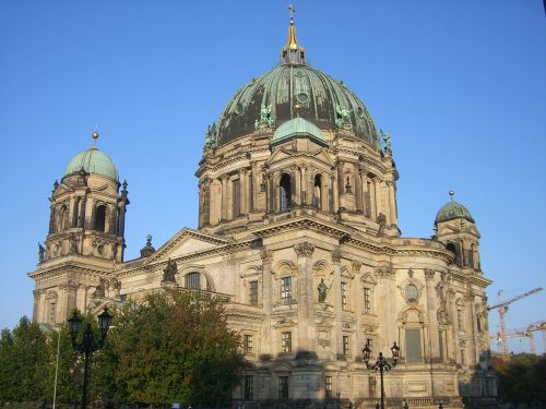berlin cathedral dom building