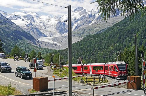bernina railway bernina massively pass road