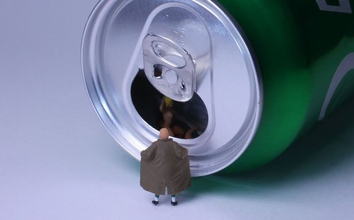 beverage can  lock ring  miniature figures