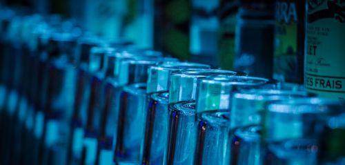 gėrimai,alkoholis,savaitgalis,vakarėlis,draugai,laisvalaikis,alkoholinis gėrimas,buteliai,romas,skirtingos kilmės,natiurmortas,gerti,alkoholinis,saldus,stiklas,medaus vynas,liepsna,medus,mėlyna liepsna,alus,bitininkystė